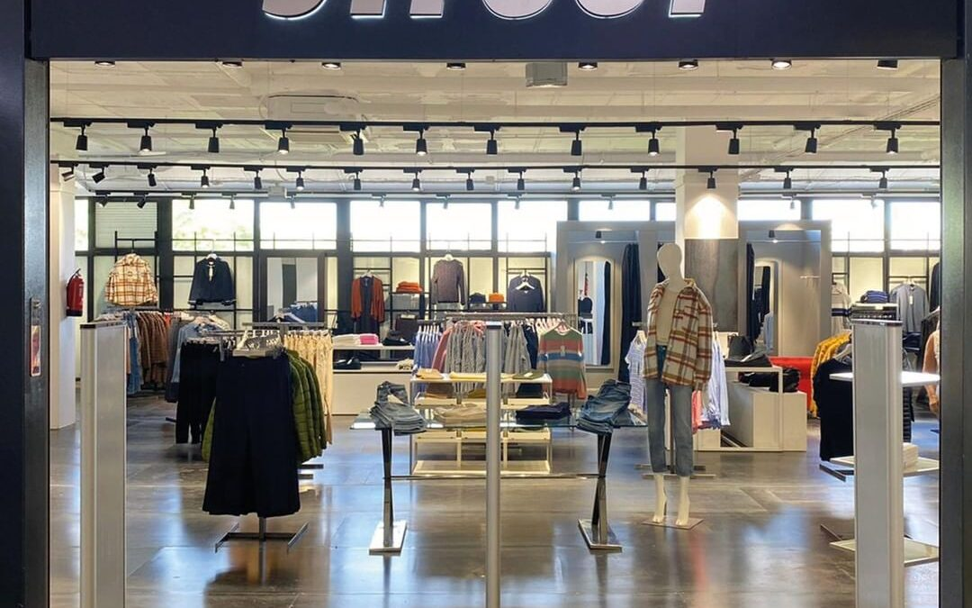 Ya está abierta la tienda STREET con ropa para mujer y hombre