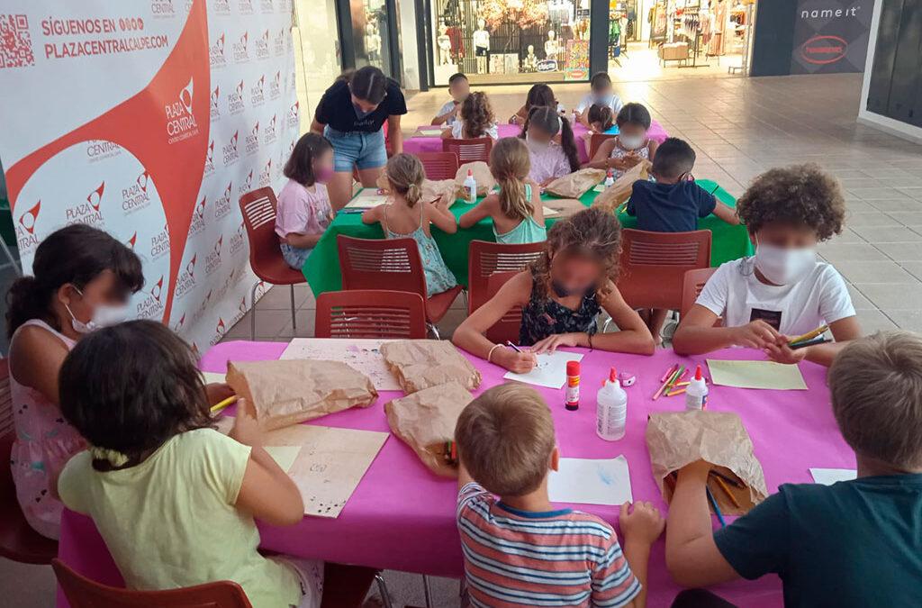 Gran afluencia y diversión en el último taller de Gorras Molonas de Sambori